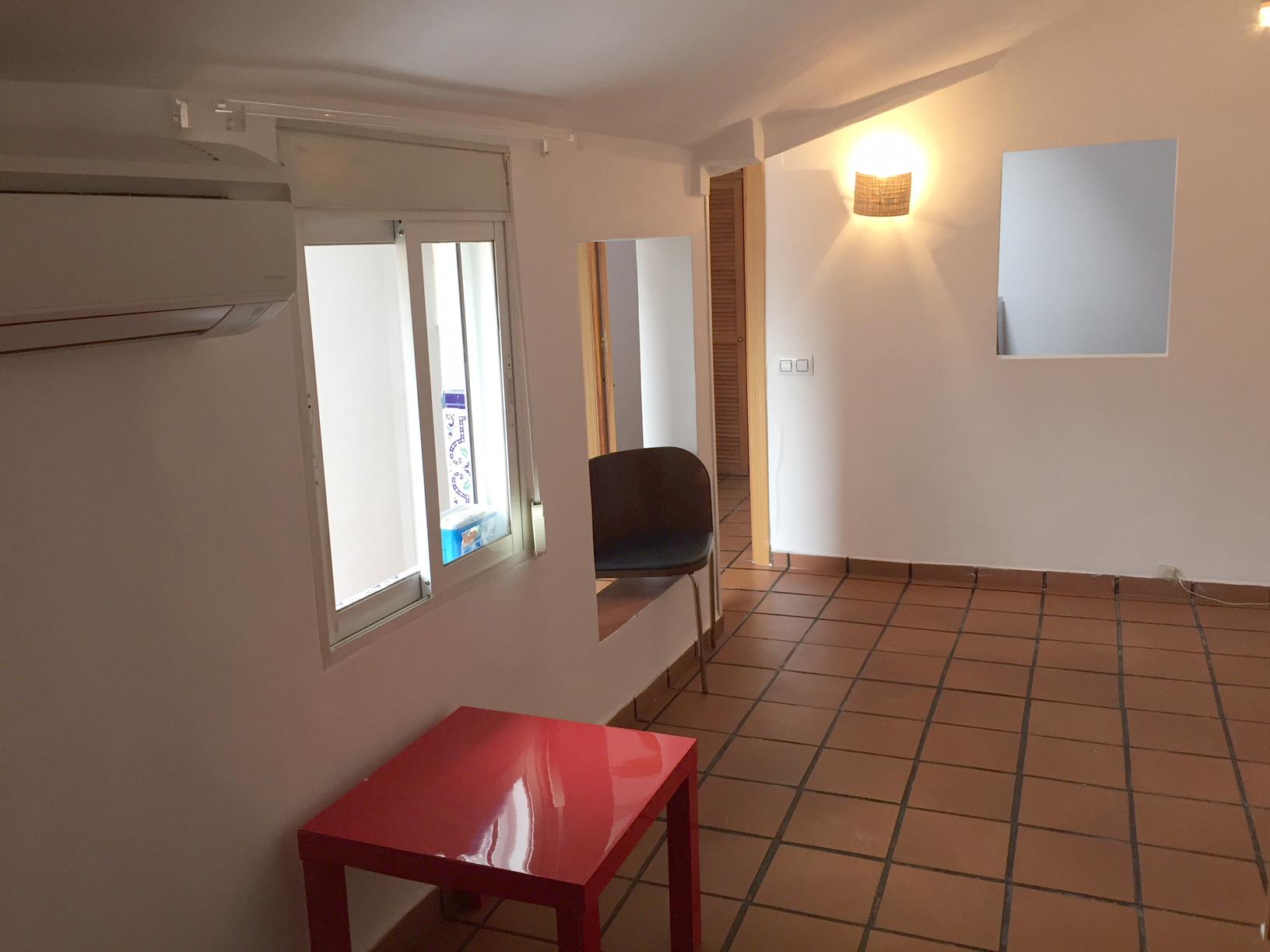 piso de dos habitaciones con terraza