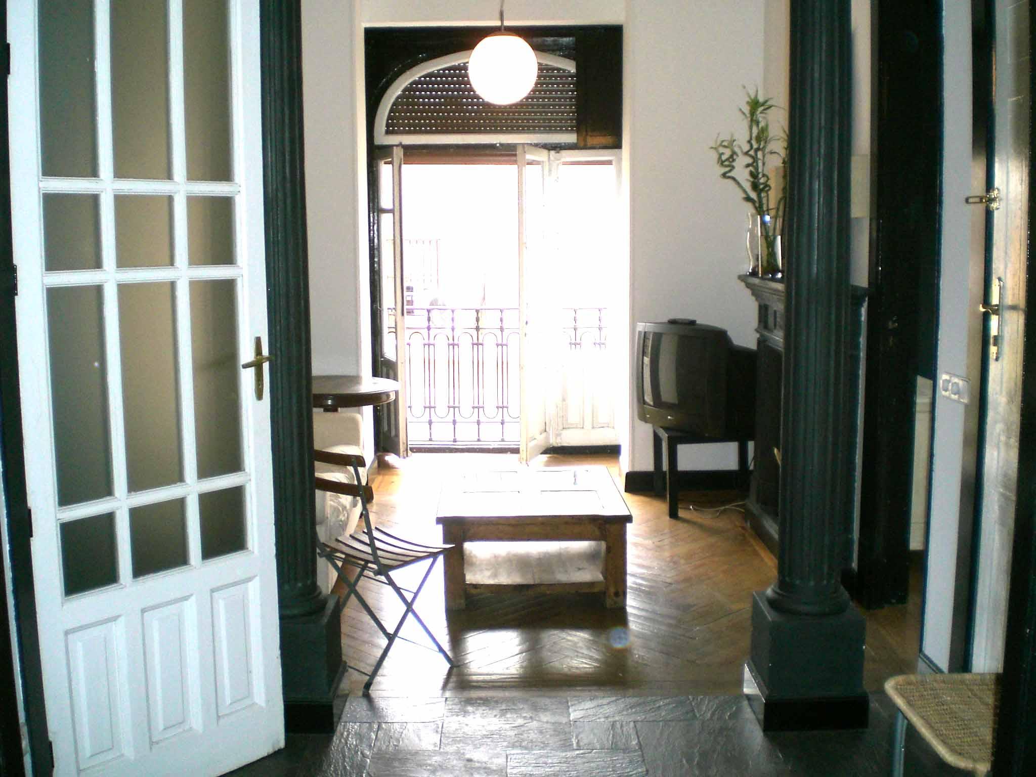 piso de 1 habitación con vistas a GRAN VIA